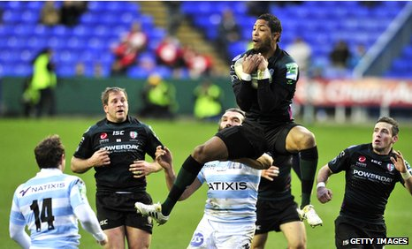London Irish's Delon Armitage outjumps Racing's Sebastien Chabal