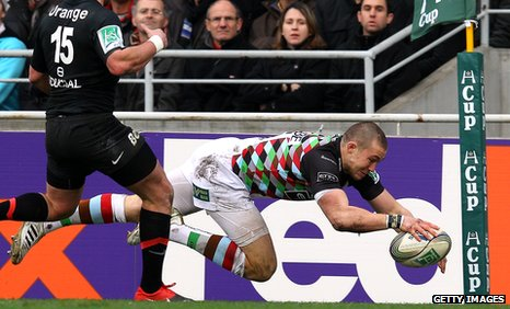 Mike Brown dives over to score Harlequins' first try in Toulouse
