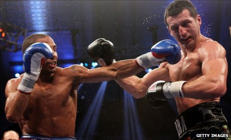 Carl Froch (r) and Andre Ward
