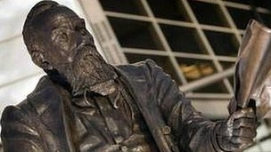 William McGregor statue