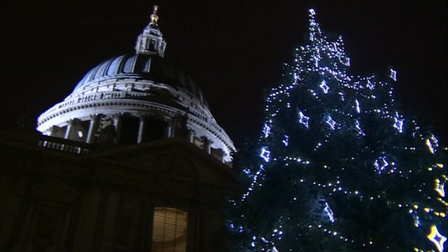 Christmas tree outside St Paul's Cathedral