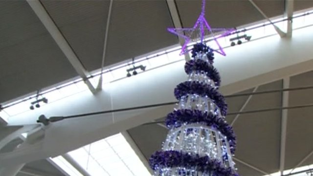 Heathrow Christmas tree