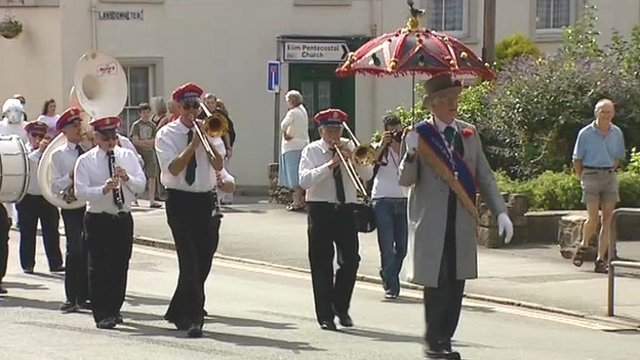 Brecon Jazz street parade