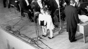 Alexander Tsaliuk (L) singing a duet (picture:Tsaliuk family archive)