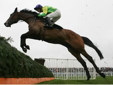Kauto Star makes another flying leap