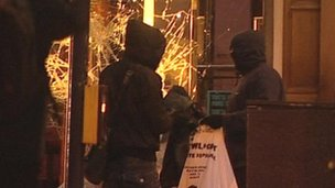Manchester looting