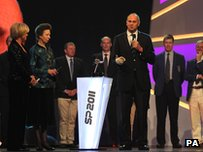 Sir Steve Redgrave accepts his award