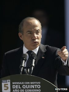Mexican President Felipe Calderon speaks on the fifth anniversary of his government, 4 December 2011