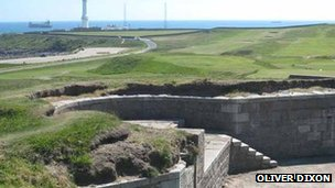 Torry Battery - pic by Oliver Dixon/ Geograph