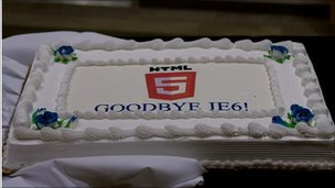 Cake saying Goodbye IE6
