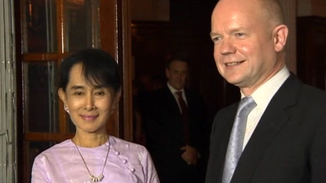 Aung San Suu Kyi and British Foreign Secretary William Hague