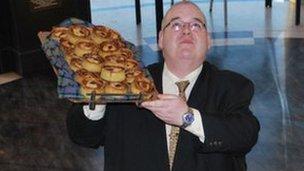 Iain Renicks and pies