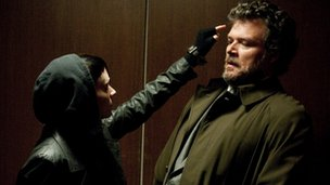 Rooney Mara and Yorick van Wageningen in The Girl with the Dragon Tattoo