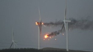 Turbine at Ardrossan Windfarm bursting into flames during severe weather