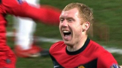 Paul Scholes scores against Manchester City