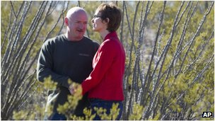 Mark Kelly and his wife, Gabrielle Giffords, visit a Pima County trail named in honour of Gabe Zimmerman, 7 January 2012