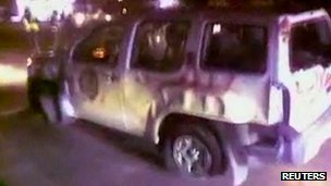 Picture purportedly showing damage to Arab League monitors' vehicle in Latakia (10 January 2012)