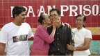 Burmese blogger Nay Phone Latt being greeted by his family on his release (13 January 2011)