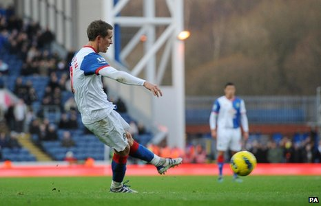 Morten Gamst Pedersen opens the scoring