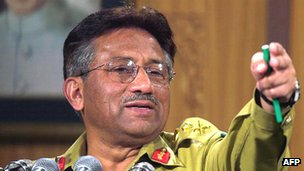 Pervez Musharraf in 2000