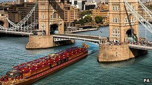 The Royal Barge by Tower Bridge\@ CraftyCat.im