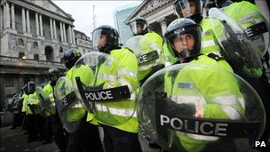 Metropolitan police officers on duty in the City of London during clashes between police and protesters at the time of the G20 summit