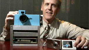 Steven Sasson with his prototype digital camera.