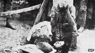 Armenian woman mourns dead child in 1915