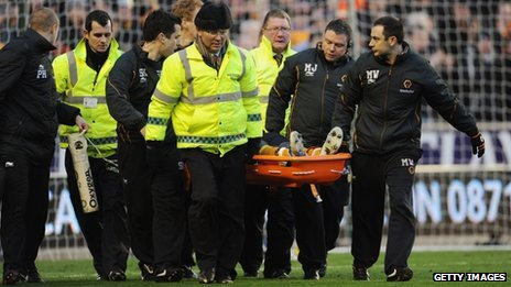 Emmanuel_Frimpong is stretchered off