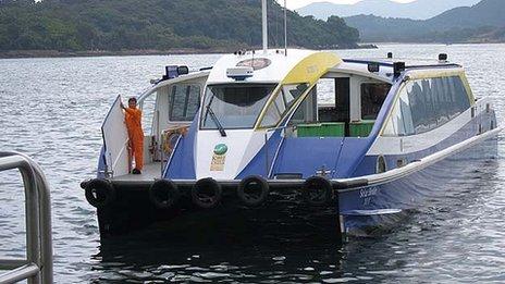 Solar Birdie comes into dock