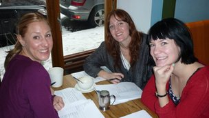 Mia, Emma and Sara in Saturnus Cafe