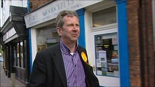 Stewart Arnold campaigning as 2nd on the LibDem selection list for the LibDems in Yorkshire and the Humber region