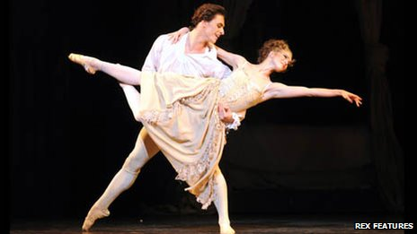 Sergei Polunin and Lauren Cuthbertson at The Royal Opera House, London, 2011