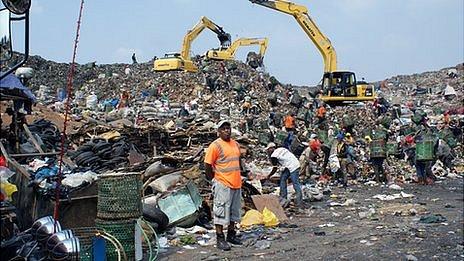 Wilbur Ramirez at Bantar Gebang dump