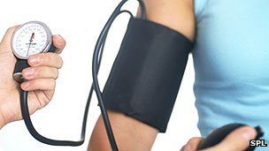 Blood pressure 'should be measured in both arms' (UK)