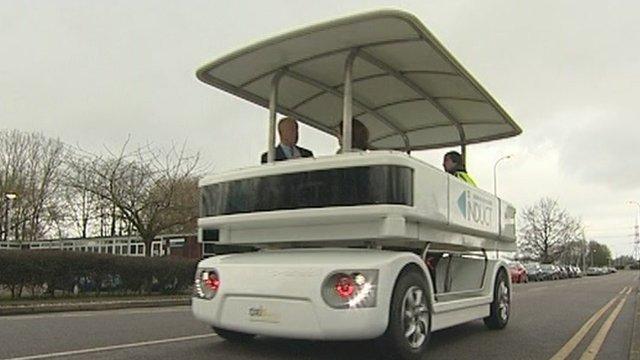Cybergo driverless bus