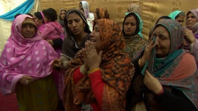 Pakistani women in mourning