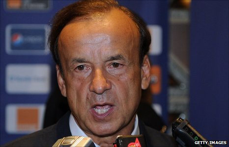 Gabon coach Gernot Rohr praises his players and says Gabon intends to finish top of their group