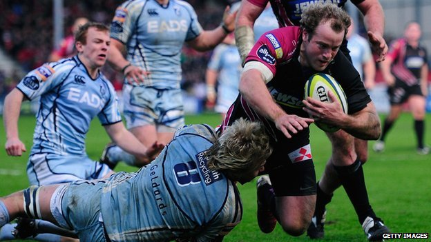 James Simpson-Daniel scores for Gloucester against cardiff Blues