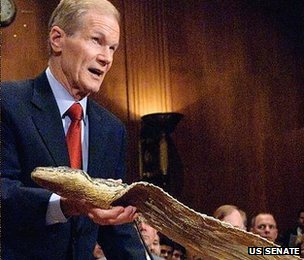 Bill Nelson, with 17-foot python skin  US Senate