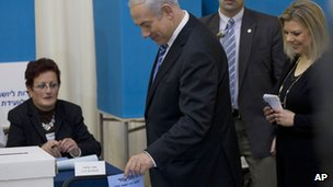 Benjamin Netanyahu casts his vote in the primary