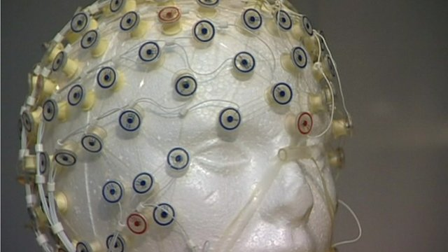 Model head with scanners attached