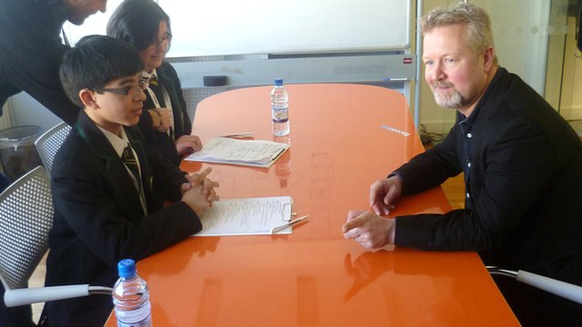 School Reporters interview Richard Allan