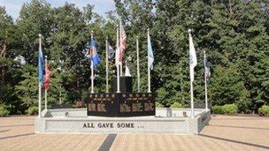 King, NC memorial