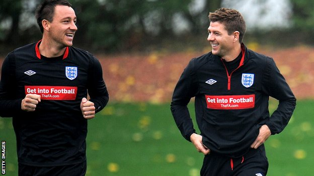John Terry and Steven Gerrard in England training