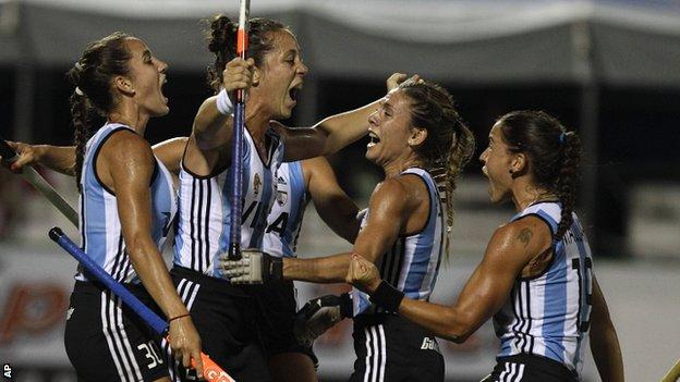 Argentina celebrate Silvina D'Elia's strike