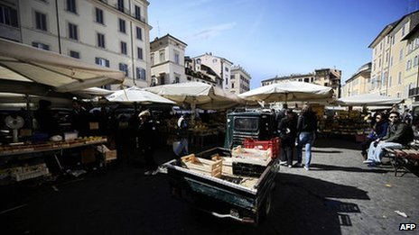 A general view of central Rome's Piazza Campo de' Fiori street market in March 2010