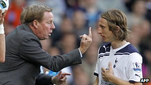 Givin' 'Em the Bird: A Brief History of the Middle Finger _58338206_hotspurs