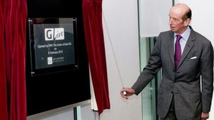 Duke of Kent unveils plaque