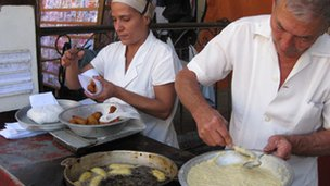 Doughnut business in Havana